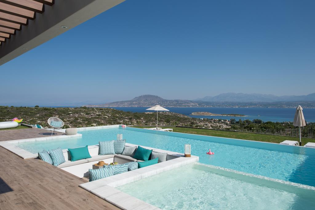 Built-in Swimming Pool Sofa